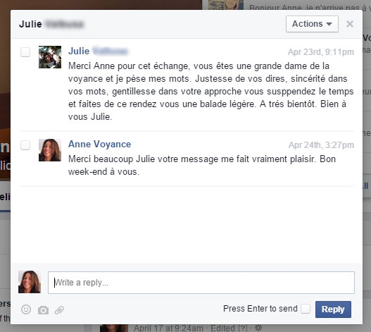 message-julie-facebook