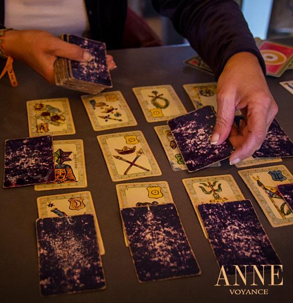 Anne Voyance - Voyante Professionnelle